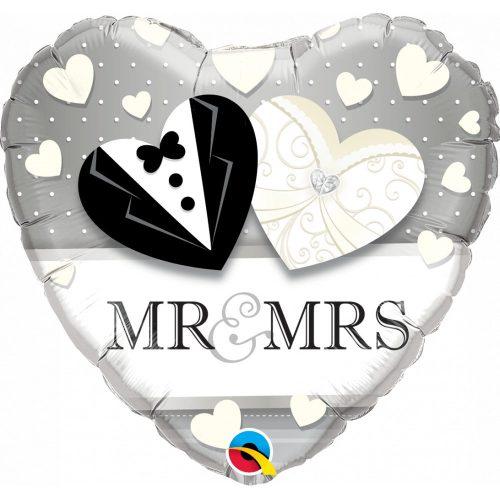 ESKUVOI-LEGGOMB-MR & MRS
