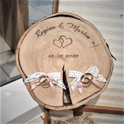 Esküvői Gyűrűtartó fa választható nevekkel