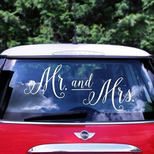 Mr & Mrs matrica menyasszonyi autóra