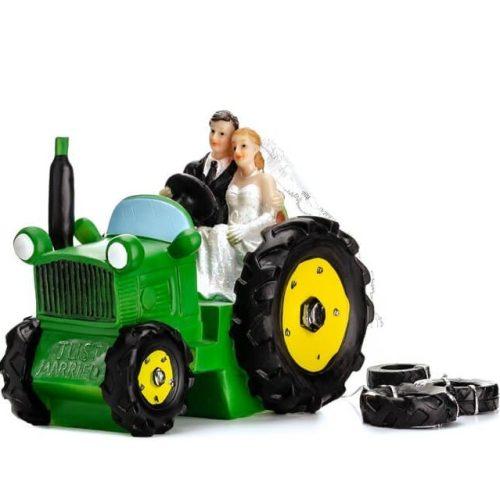 Tortadísz-jegyespár traktoron